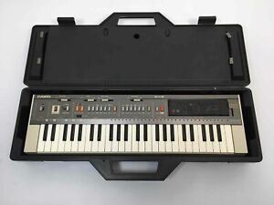 Vintage 1983 Casio Casiotone MT-800 Keyboard w/Speakers, ROM-PACK, and Case