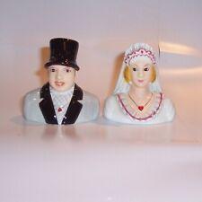 Enesco S&P Mr and Mrs Salt & Pepper Set magnetic