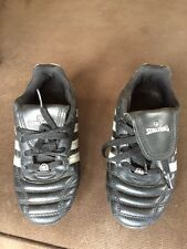 New listing Spalding kids Soccer cleats size 2