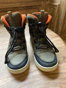 Boys Ecco Snow Boots Size 1 (32)