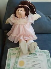 VINTAGE++++ Cabbage Patch Large Soft Sculpture w/shoes+++ Great Condition.