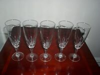 SET OF 5 CRYSTAL CLEAR GLASS CHAMPAGNE FLUTES/ WINE/ BUCKS FIZZ GLASSES