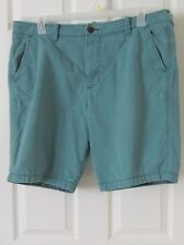Hollister Men's Shorts Classic Fit Size 38 Green
