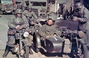WW2 Picture Photo German motorcycle troops 3086