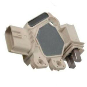 Alternator Voltage Regulator with Brushes for 2003-05 Sedona 2003-06 Sorento