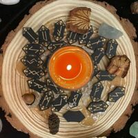 New Arrival Hand carved Runes Set Western Occult Primer and Divination Prop