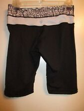 Lululemon Athletica 4 Cropped Legging Shorts Pants Black Yoga Gym Lounge Run