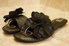 BOC BORN Black Flower Floral Sandals Shoes Thong Flip Flops Leather Size 7 VGUC