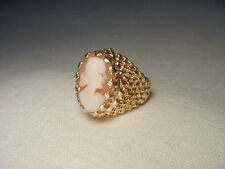 Beautiful Estate 14K Yellow Gold Filigree Shell Lady Cameo Ring