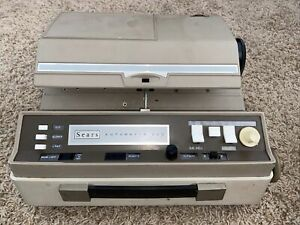 VINTAGE SEARS TOWER AUTOMATIC 500 - MODEL 9865 SLIDE PROJECTOR