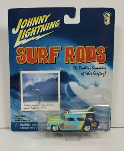 Johnny Lightning Surf Rods '55 Chevy Nomad County Line Zulus 1/64 Diecast 2001