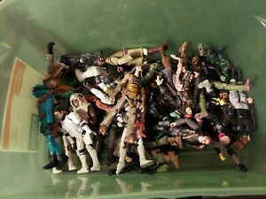 Lot of Figurines - Hasbro, Zizzle (Disney), Lanard