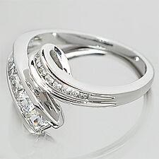 New .90CT WHITE SAPPHIRE & DIAMOND 9ct WHITE GOLD RING
