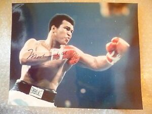 MUHAMMAD ALI AUTOGRAPH Photograph with Certificate of Authenticity 100% Genuine