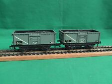 HORNBY DUBLO 3-RAIL DIE CAST PAIR OF 16 TON MINERAL WAGONS + COAL LOADS IN VGC