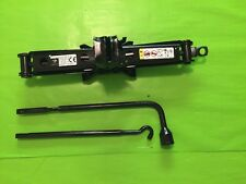 2014-2016 JEEP GRAND CHEROKEE JACK AND TOOL KIT **EXCELLENT CONDITION**