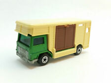 Voitures, camions et fourgons miniatures Matchbox MB