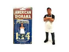FOOD TRUCK CHEF VICTOR FIGURE FOR 1/24 SCALE MODELS BY AMERICAN DIORAMA 38441