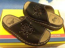 Dr. Martens Kids Slip-On Slide Sandals UK Size 11-4 / US Size Kid 12-5 / Women 6
