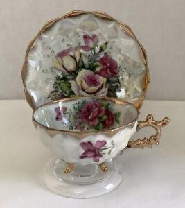 Vtg. Del Coronado Lusterware Tri-Footed Gilt Trim Floral Teacup & Saucer - Japan