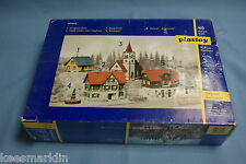 "Plastoy 7944  Kit of 4 HO Scale Village Set ""Grünstein"""