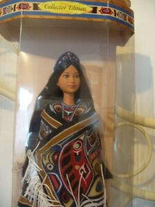 NORTH WEST COAST NATIVE AMERICAN COLLECTABLE BARBIE DOLL BOXED 1999.