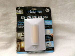 GE Enbrighten Motion-Activated LED night Light Wall Outlet Mounting Plug in 2538