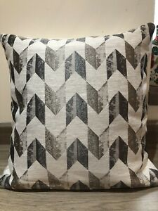 """16"""" Square Cushion Cover in Abstract design in Beige/Brown Shades 'Zen'"""