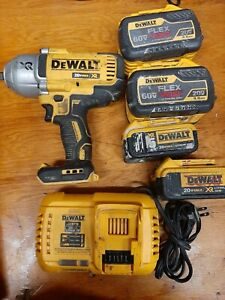 Dewalt DCF899 1/2 3 Speed Impact With 4 Batteries And Charger