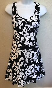 Lands' End Black & White Floral Print Swim Cover Up Dress Sz XS 2-4