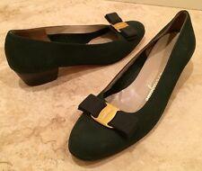 SALVATORE FERRAGAMO Hunter Green Leather Classic Gold Vara Bow Ballet Flats 8 2A