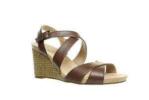 LifeStride Womens Harbor Strappy Sandals