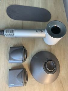 Dyson Supersonic Hair Dryer in white - hardly used with attachments