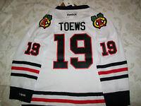 NEW Chicago Blackhawks jersey jonathan Toews youth BOYS L/xl & GIRLSM($70) NWT