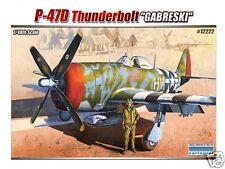 12222 Academy 1/48 escala kit de modelismo P-47D bomba Gabreski similar Airfix