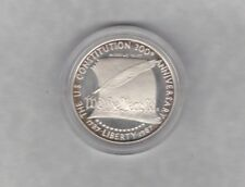 USA 1987S CONSTITUTION SILVER DOLLAR IN MINT CONDITION WITH A CAPSULE