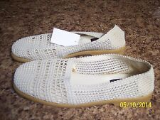 NWT Women's Size 10 Casual Sport Shoes -Natural Color-