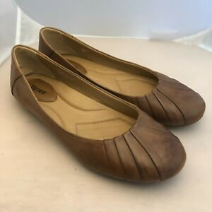 Earth Bellwether Ballet Flats Shoes Almond Tan Leather Cushioned Women's sz 10 B