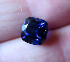 SOMPTUEUX SAPHIR VERNEUIL  BLEU  ROYAL  Taille COUSSIN 9x9mm..4,20cts..IF