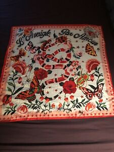 New Gucci Pink Stars L'Aveugle Par Amour Floral Scarf Silk Snake Butterfly