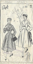 "1950s Vintage Sewing Pattern COAT B36"" (R309)"