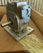 New Euclid Universal 265B Gear Reducer Ratio 30:1