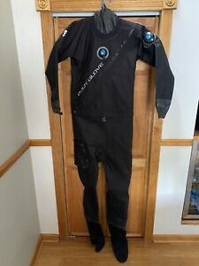Body Glove Men's Drysuit Size Small With Carrying Bag - Brand New