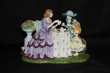 Royal Doulton Figurine Afternoon Tea HN5498 Mint Condition