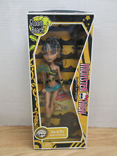 Monster High GLOOM BEACH Cleo De Nile Doll Daughter of the Mummy