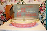 ORIGINAL BOX -  Vintage Pyrex Pink Daisy 1.5 Qt Divided Dish w Original Box