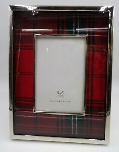 """Pottery Barn Lynbrook Plaid Picture Decor Frame 4x 6"""" Photo Opening Red #9133"""