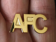 ARSENAL-ABERDEEN AFC CUTOUT GOLD LETTERS PIN BADGE