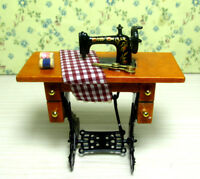 Dollhouse Miniature Furniture Mini Sewing Machine Table W/ Cloth Decor 1/12 Toy