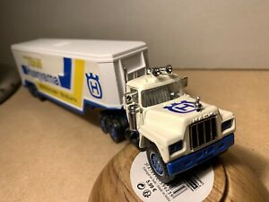 CAMION SEMI REMORQUE MACK R 600 SOLIDO MADE IN FRANCE VINTAGE NEUF 1/50